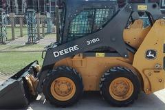 En alquiler: Alquilo Minicargadora John Deere 318G