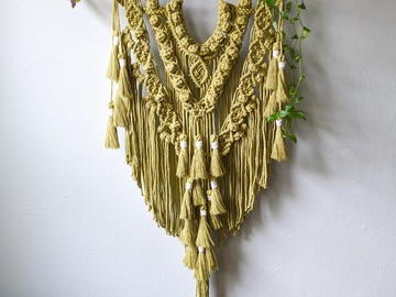 Selling: Macrame Wall Hanging- Green Tea