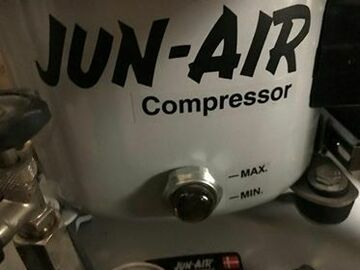 Artikel aangeboden: Dental compressor Jun-air