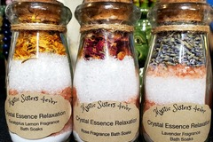 Selling with online payment: Crystal Essence Relaxation Bath Soaks Set