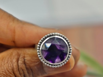 Selling: Sterling Silver Amethyst Ring
