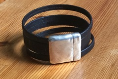 Selling with online payment: Cork Bracelet with Magnetic Clasp