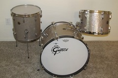 Selling with online payment: Gretsch 13/14/20 Set in Silver Glass Glitter Round Badge ~1965