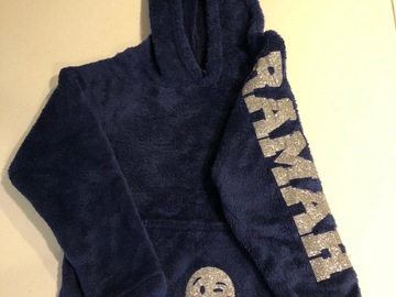 Selling multiple of the same items: Plush hoodie