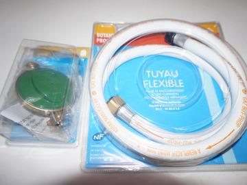Vente: Tuyau flexible 1,5 M armature renforc. à visser + Adaptateur