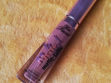 Venta: Labial Melted Matte-tallic Too Faced (You Better Work!)