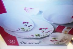 Vente: Lot de 30 pièces de vaisselle