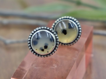 Selling: Montana Agate Studs