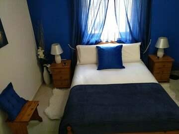 Rooms for rent: Double room with en-suite in Pembroke
