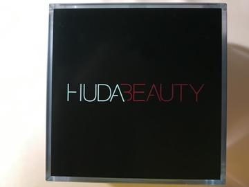Venta: Polvos Huda Beauty || Tono Sugar Cookie.