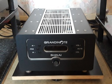 Vente: Amplificateur intégré Grandinote  Shinai