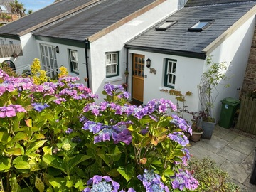 Accommodation Per Night: The Annexe Cottage