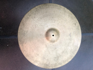 "Selling with online payment: 24"" vintage Zildjian Avedis Medium Ride 4188 Grams"