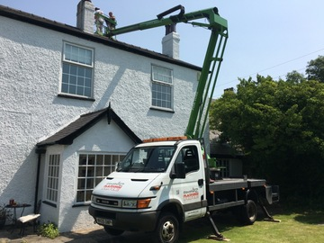 Hourly Equipment Rental: Iveco Flatbed Truck Mounted Cherry picker