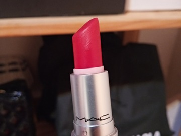 Venta: Mac Relentlessly Red