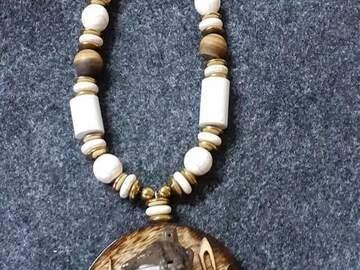 Vente avec paiement en direct: Nos bijoux en bois