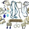 Compra Ahora: 12 Pieces All Chico's Jewelry Necklaces, Bracelets, Earrings