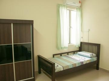 For rent: Double Storey House! TAMAN WAWASAN PUCHONG