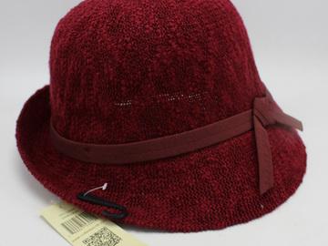 Liquidation/Wholesale Lot: Dozen Collection 18 Womens Slubby Knit Cloche Hats $336 Value