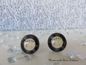 Sale retail: PUCES/CLOUS D'OREILLES ROXANE