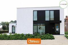 .: Moderne woning met praktijk | door Dewaele