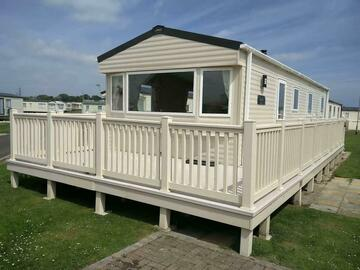 Online Bookings: Huge Brand New Caravan - Sleeps 8 (Sandy Bay)