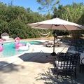 NOS JARDINS A LOUER: Jardin à la campagne avec piscine