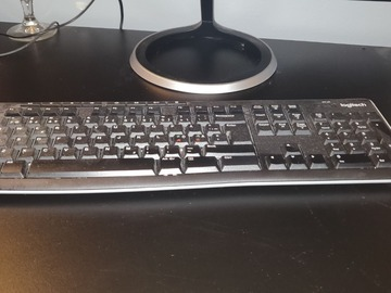 Myydään: Keyboard Logitech