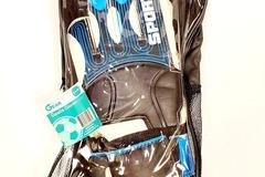 Buy Now: Right Gear Goalie Gloves For Soccer – Kids Sz 7 – Pre-Priced $19.