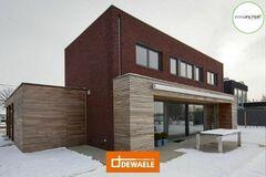 .: Houtskeletbouw woning en winkel | door Dewaele