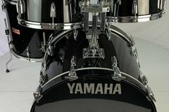 Selling with online payment: Vintage 1985 Yamaha Tour Custom 22/16/12/13 Kit Black Lacquer