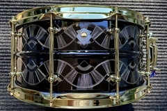 "Selling with online payment: WorldMax 6.5x14"" Hand Engraved Snare Drum 2020 Black over Brass"