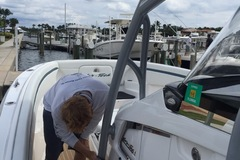Offering: Boat Detailing - Jensen Beach, Fl