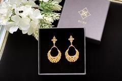 : Gold Curlicue Filigree Chandelier Earrings