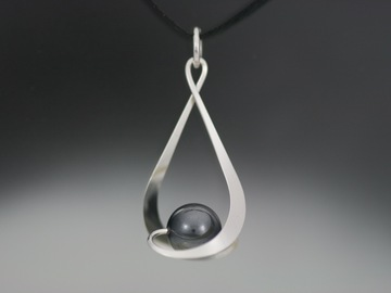 Selling with online payment: Hematite Pendant