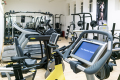 Vermietung Gym mit eigener Preiseinheit (Keine Kalender funktion): HyperActive Wien (Fitness)