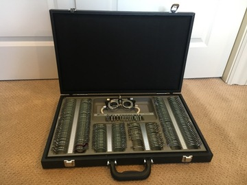 Selling with online payment: Trial Lens set and case and accessories