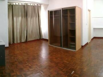 For rent: Room for Rent at Seri Utama, Kota Damansara, PJ