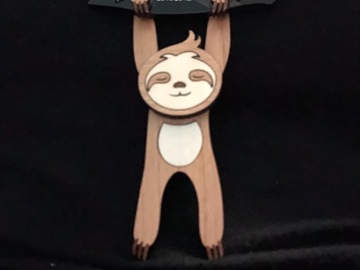 Selling with online payment: Wooden Sloth Pendant Necklace