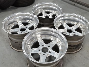 Selling: 16x12 Monocoque Racing Wheels