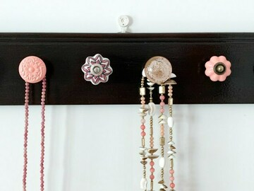 : Handmade Necklace Holder - Brown and Pink