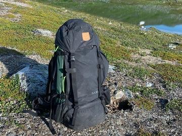 Til leie (per natt): Fjällräven Kajka 65 Litraa (Musta)
