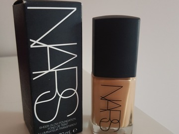 Venta: Nars base Sheer Glow Barcelona