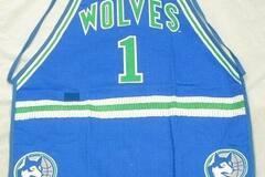 Liquidation/Wholesale Lot: Licensed NBA Minnesota Timberwolves Apron
