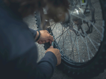 Mobile Bike Mechanic: Wheel Truing