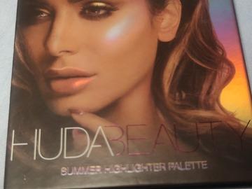 Venta: Huda summer highlighter palette