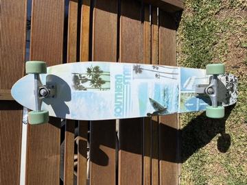 Weekly Rate: Cruiser skateboard