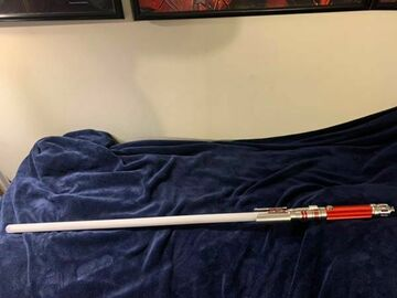 Selling with online payment: ultra sabers Crimson fallen with obsidian v4 soundboard