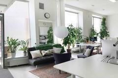 Renting out: Edullinen pöytäpaikka Kampista