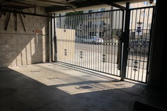 Monthly Rentals (Owner approval required): Hollywood CA, RENTING GARAGE PARKING SPOT BY THE MONTH OR WEEK